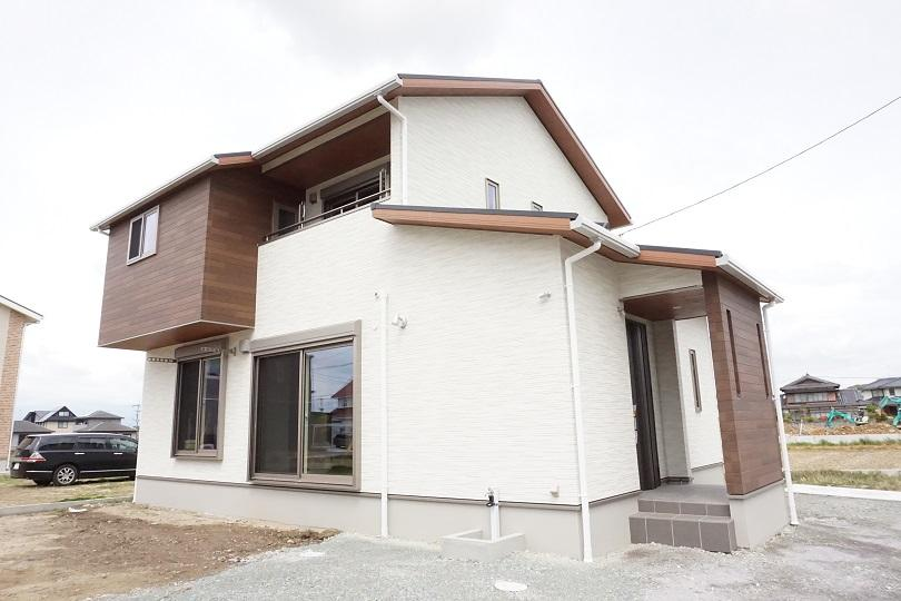 image 暮らしやすい家事動線の二階建て 八女市F様邸