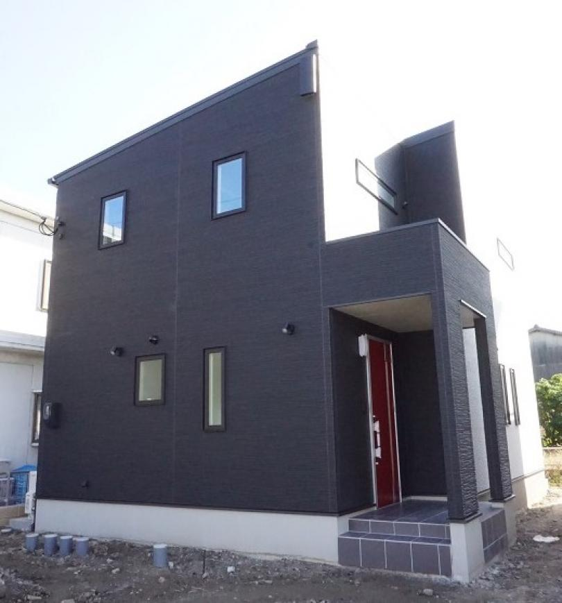 image かっこよくてかわいい二階建て 久留米市M様邸
